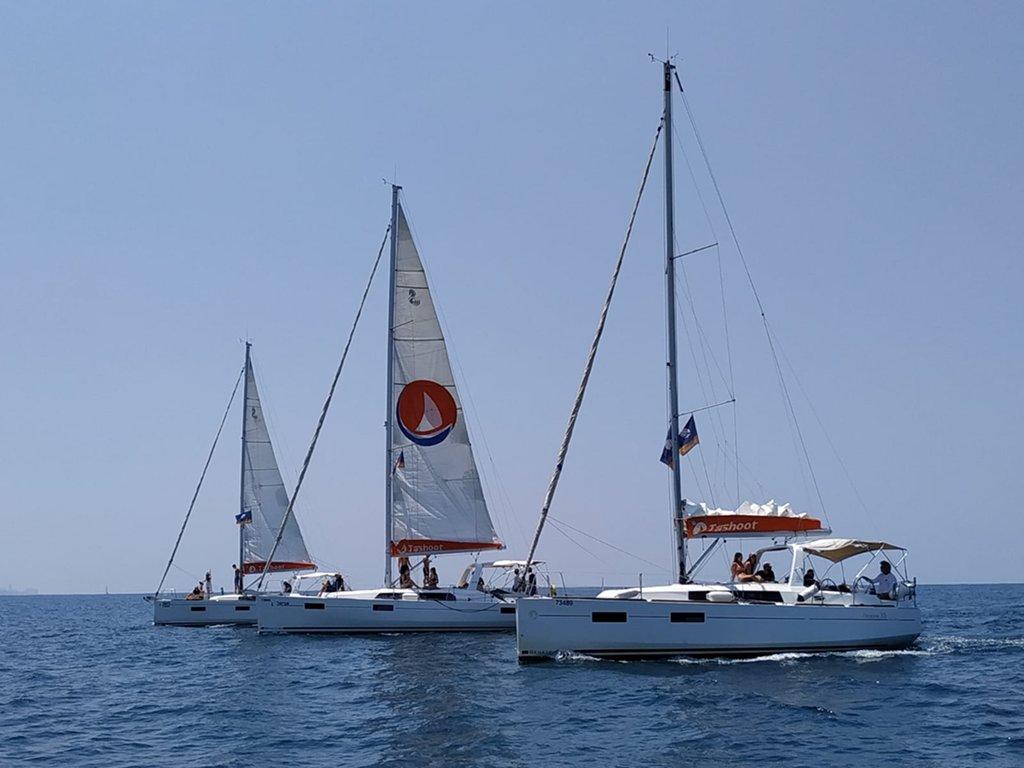 יאכטות המועדון בשייט בים התיכון