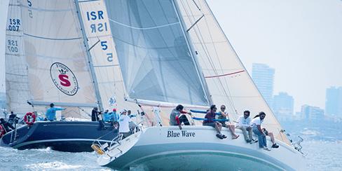 צוות שייט תחרותי של מועדון שייט Blue Wave