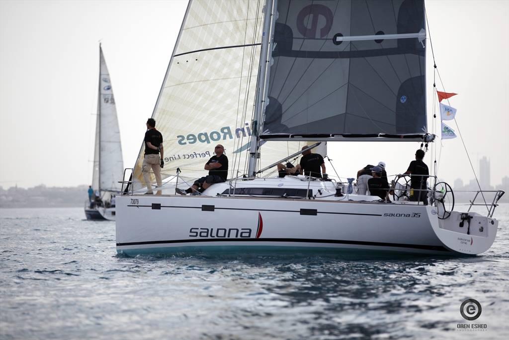 יאכטה תמר מדגם Salona 35 החדשה במועדון בלו ווייב בהרצליה